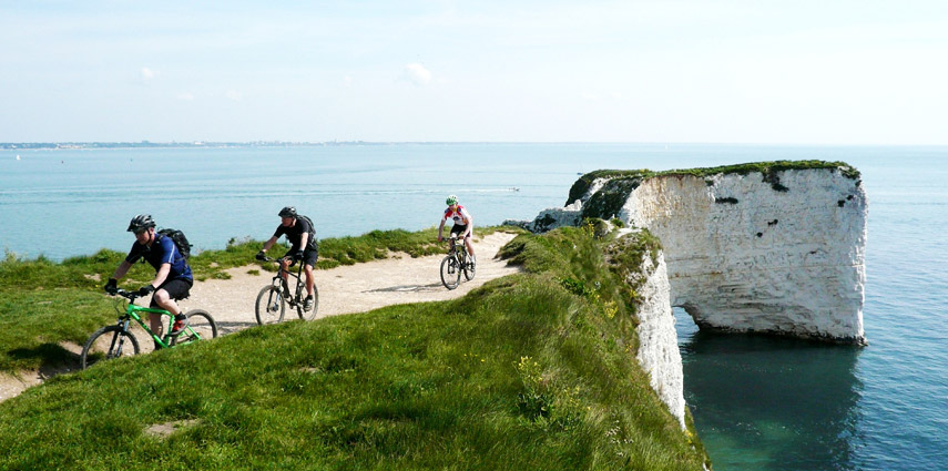 Cyling in Purbeck Ride, Dorset, near the clifts